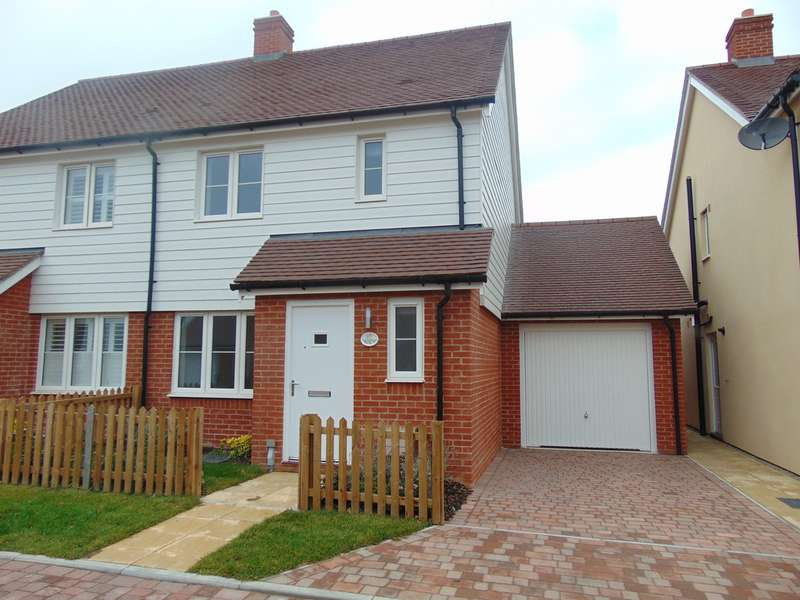 3 Bedrooms Semi Detached House for rent in Cricketers Field, Northiam TN31