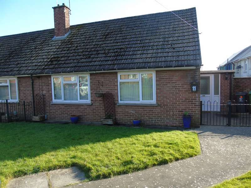 1 Bedroom Semi Detached Bungalow for sale in Deere Close, Cardiff
