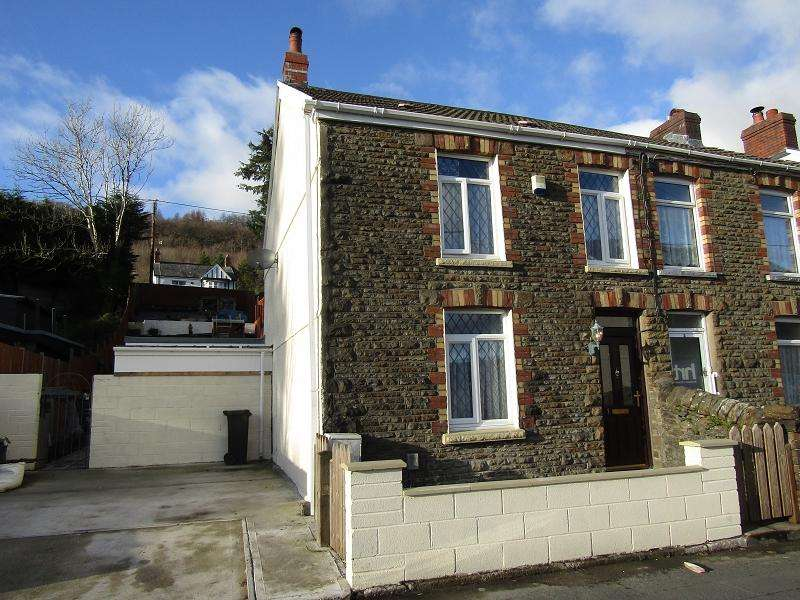 2 Bedrooms Semi Detached House for sale in New Road, Cilfrew, Neath, Neath Port Talbot.
