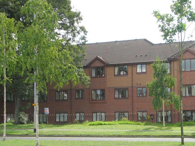 2 Bedrooms Apartment Flat for sale in Flat 7 Rowan Croft, Price Street, Cannock, WS11 0EH