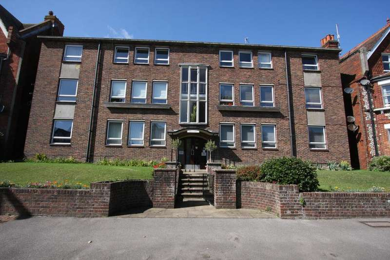 3 Bedrooms Apartment Flat for sale in 81-83 Enys Road, Eastbourne BN21