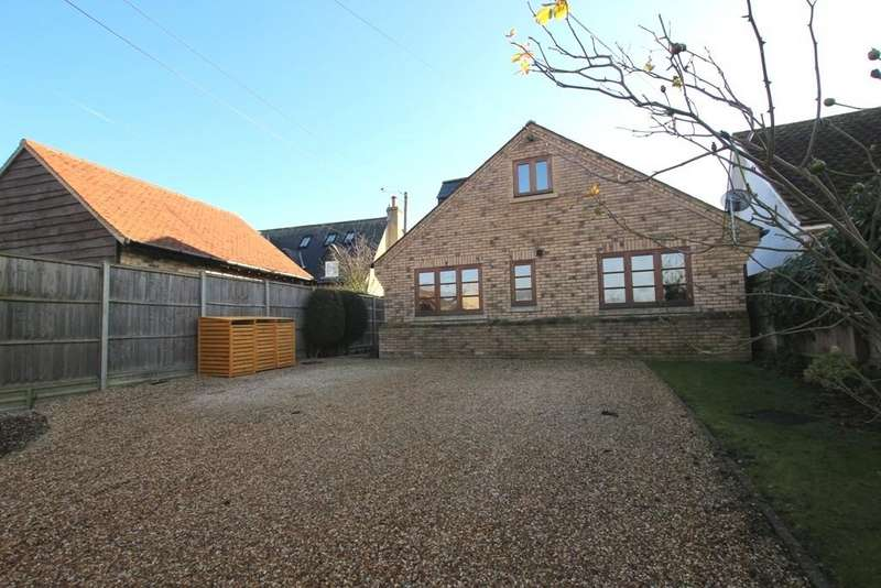 4 Bedrooms Chalet House for sale in Park Lane, Little Downham