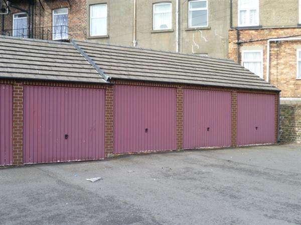 Garages Garage / Parking for rent in Wilsons Mariners Homes Garages, Garage 24 17, Scarborough