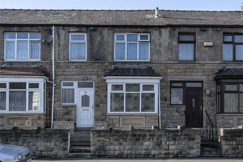 3 Bedrooms Terraced House for sale in Bradford Road, Batley, West Yorkshire, WF17