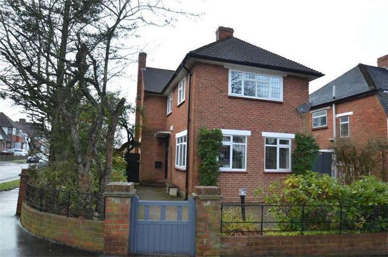 3 Bedrooms Detached House for sale in Bridle Road, Shirley, Croydon, Surrey