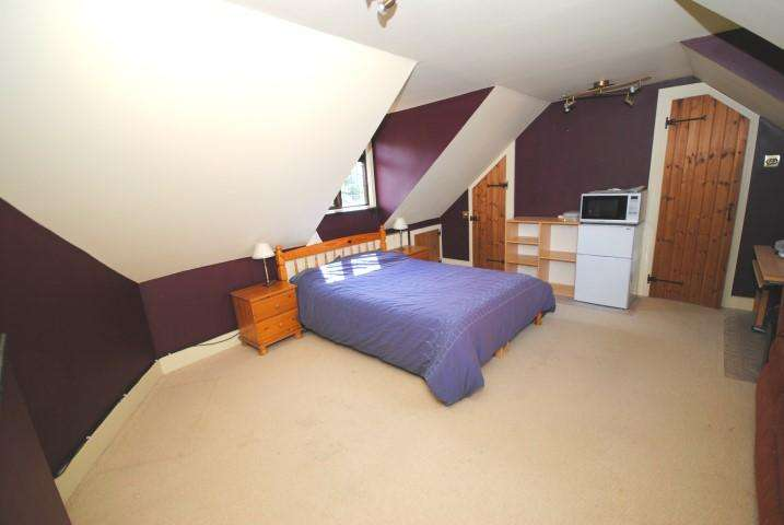 Studio Flat for rent in Perry Green, Perry Green,