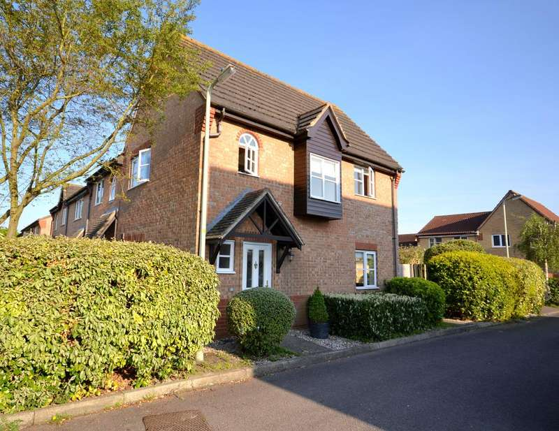 3 Bedrooms Terraced House for sale in Threshers Close, Bishops Stortford