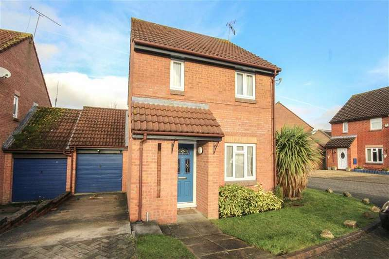 3 Bedrooms Detached House for sale in Earl Close, Middleleaze, Swindon