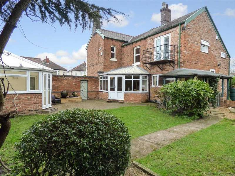 5 Bedrooms Detached House for sale in Remer Street, Crewe