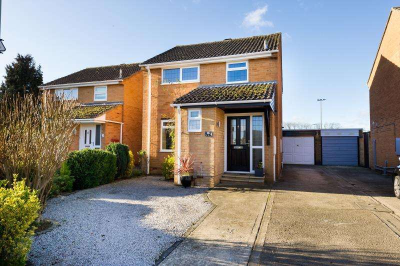 3 Bedrooms Detached House for sale in Cherry Close, Kidlington, Oxfordshire