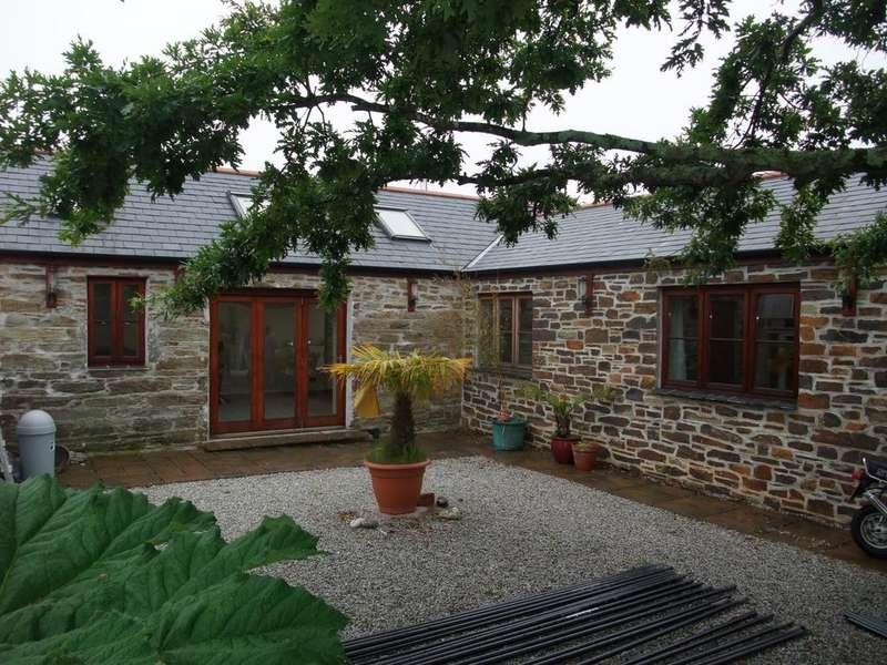2 Bedrooms Detached Bungalow for rent in Short Cross Road, Mount Hawke TR4