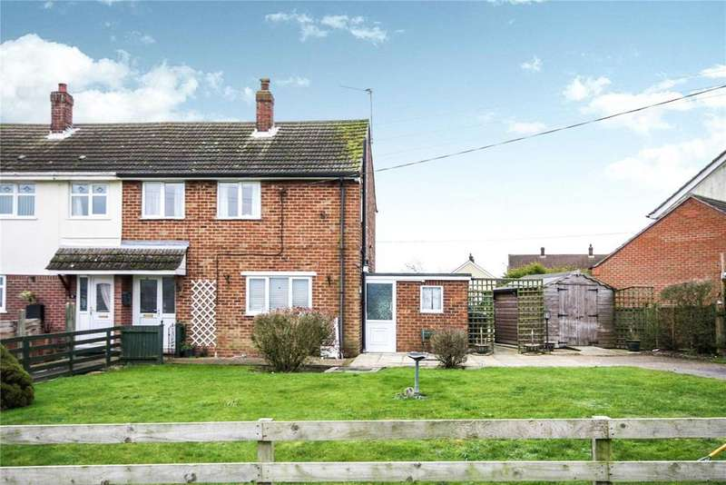 3 Bedrooms Semi Detached House for sale in The Drift, Walcott, Lincoln, Lincolnshire, LN4