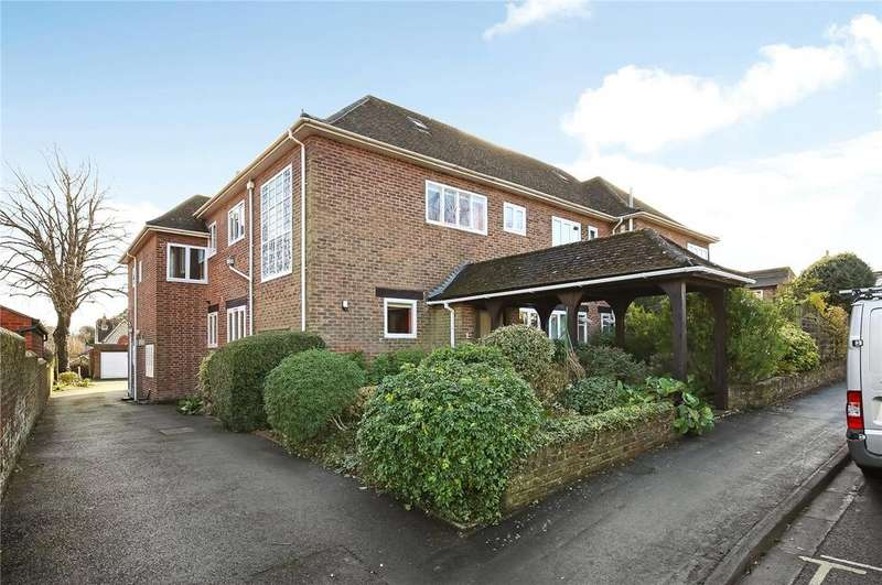 3 Bedrooms Flat for sale in Christchurch Road, Winchester, Hampshire, SO23