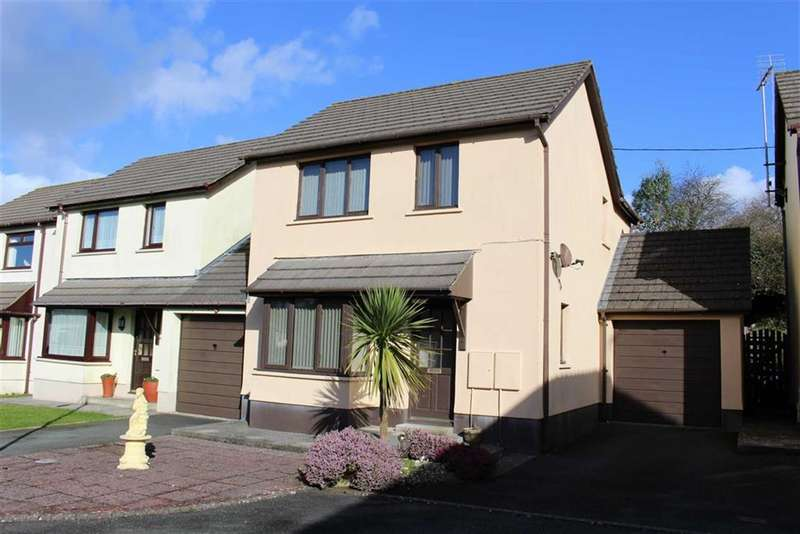 3 Bedrooms Detached House for sale in Two Penny Hay Close, Pembroke