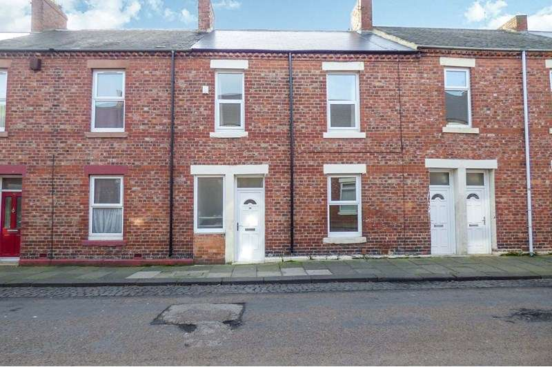 3 Bedrooms Property for sale in Wilberforce Street, Jarrow, Jarrow, Tyne and Wear, NE32 3AR
