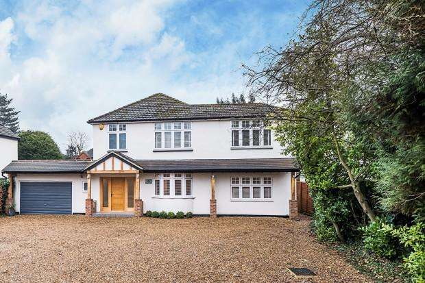 5 Bedrooms Detached House for sale in Magnolia House Lower Road, Bookham, Bookham, KT23