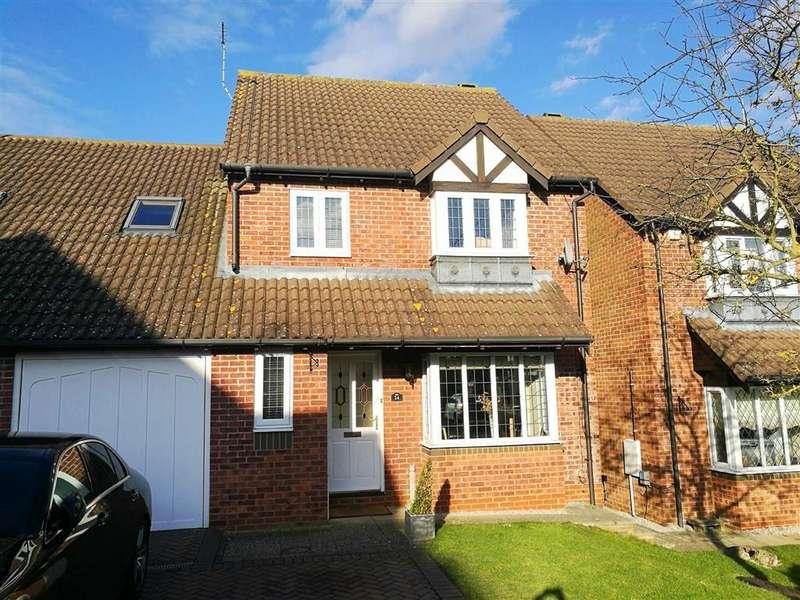 4 Bedrooms Link Detached House for sale in Oak End, Buntingford