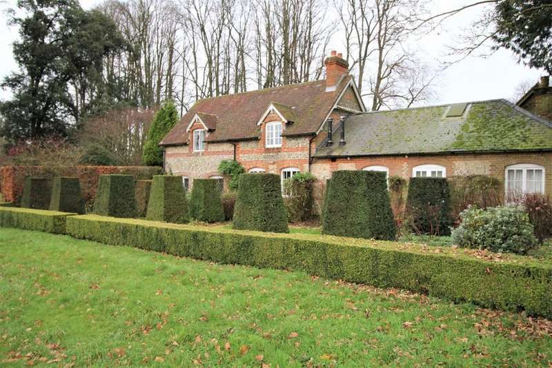 3 Bedrooms Cottage House for rent in Burkham, Alton, Hampshire