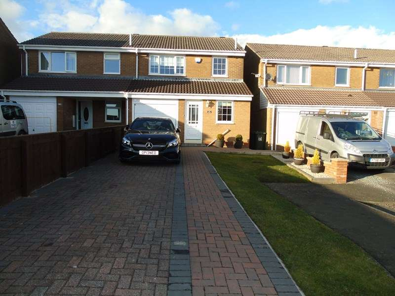 3 Bedrooms Property for sale in Coverdale, Hadrian Lodge, Wallsend, Tyne and Wear, NE28 8TJ