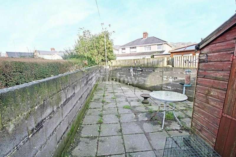 2 Bedrooms Semi Detached House for sale in Glyn-dwr Avenue, Rhydyfelin