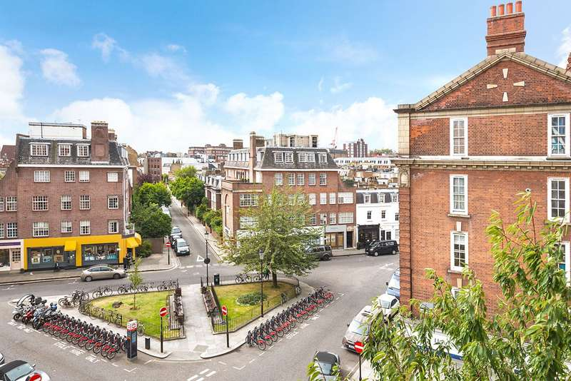 3 Bedrooms Flat for sale in Cranmer Court, Whiteheads Grove, Chelsea, London, SW3