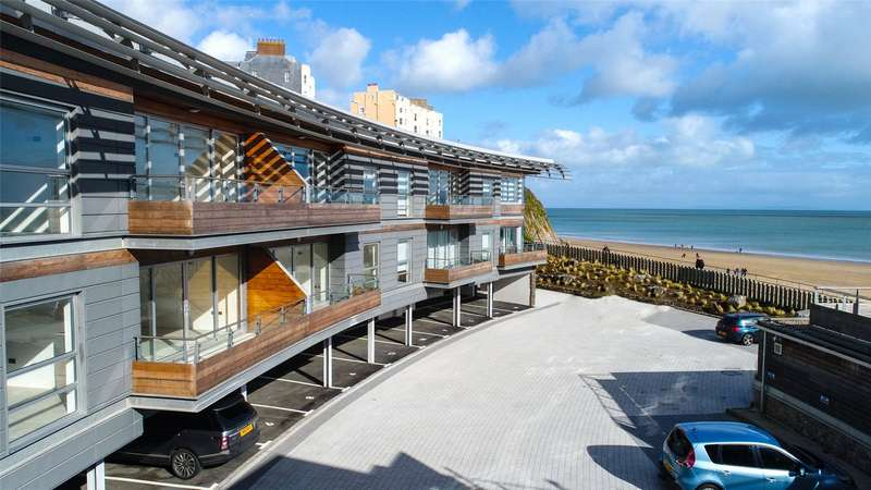 2 Bedrooms Flat for sale in Apartment 11, Waters Edge, Battery Road, Tenby