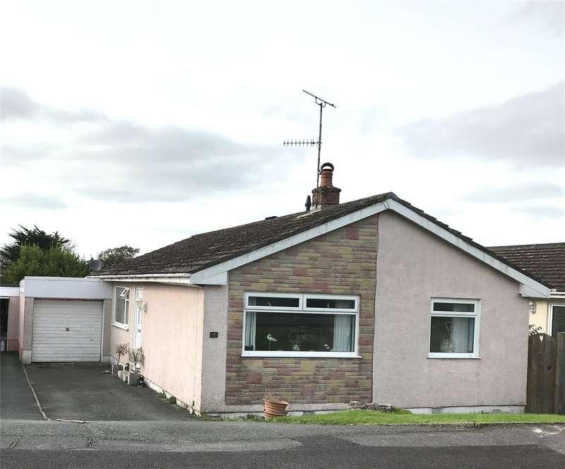 3 Bedrooms Detached Bungalow for sale in Upper Hill Park, Tenby, Pembrokeshire