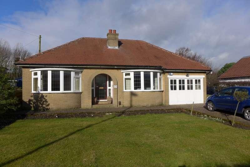 2 Bedrooms Bungalow for sale in Bradley Road, Huddersfield, HD2