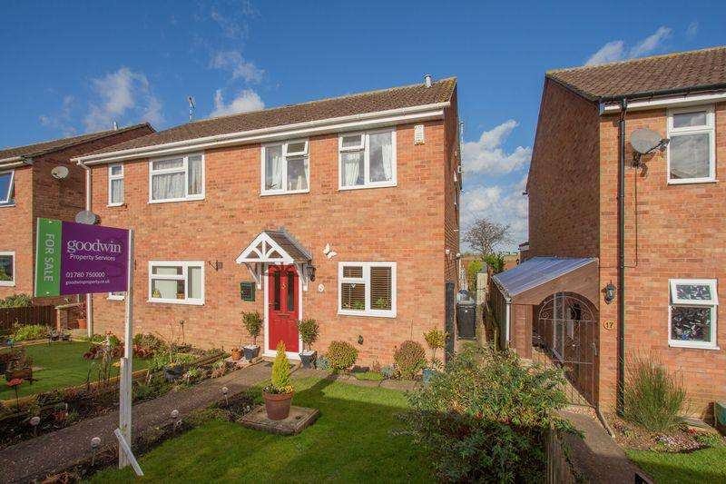 3 Bedrooms Semi Detached House for sale in Gainsborough Road, Stamford