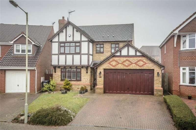 4 Bedrooms Detached House for sale in The Thatchers, BISHOP'S STORTFORD, Hertfordshire