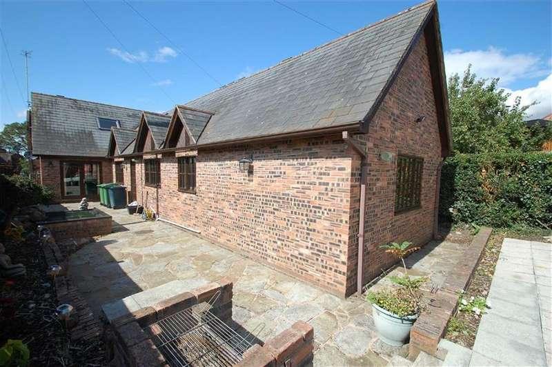 4 Bedrooms Detached House for sale in Alton Terrace, Belle Vue, Shrewsbury