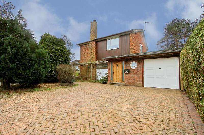 3 Bedrooms Link Detached House for sale in Ebbisham Drive, Eaton