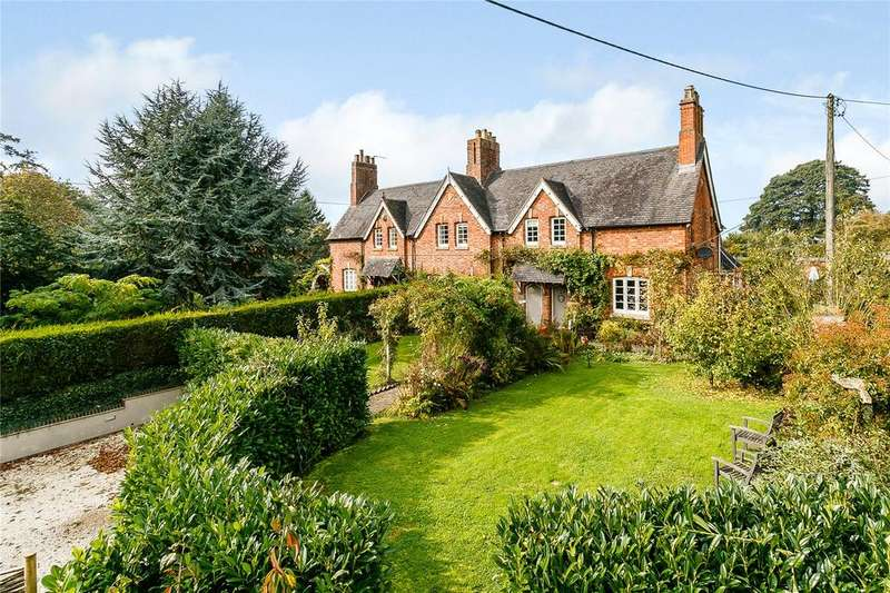 4 Bedrooms Semi Detached House for sale in Southam, Warwickshire
