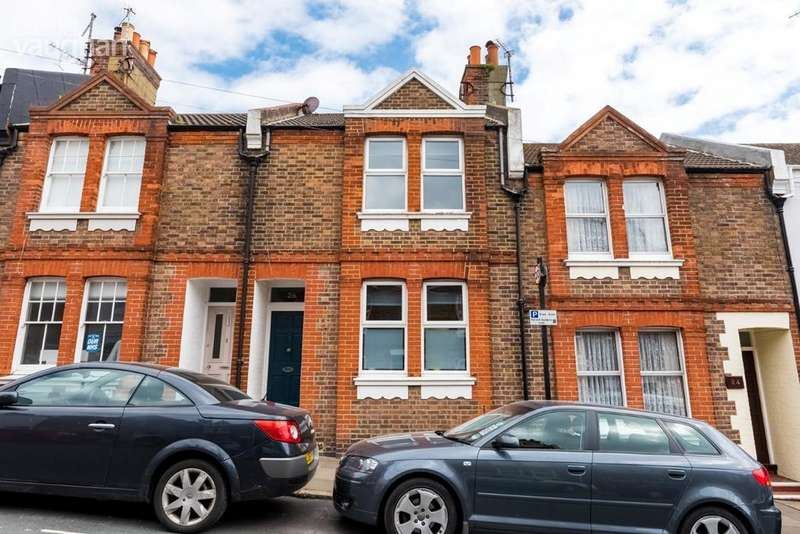 2 Bedrooms Terraced House for sale in White Street, Brighton, BN2