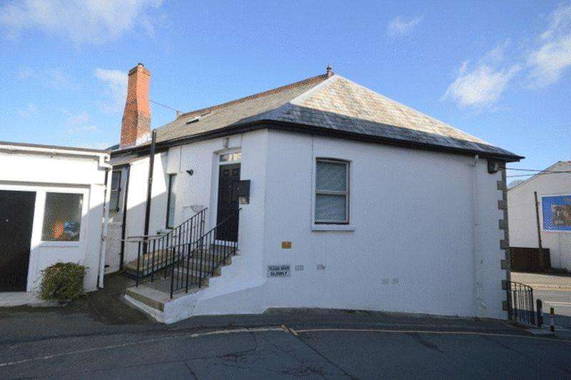 1 Bedroom Apartment Flat for rent in One bedroomed first floor flat. Lounge, Kitchen/Diner, Bathroom, GCH, Parking.