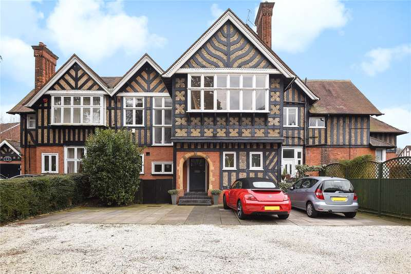 3 Bedrooms Duplex Flat for sale in Wykeham House, Gordon Avenue, Stanmore, Middlesex, HA7