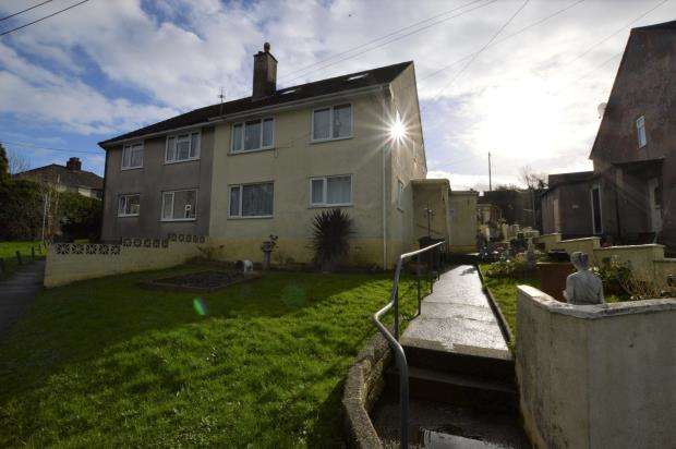 2 Bedrooms Flat for sale in Orchard Crescent, Plymouth, Devon