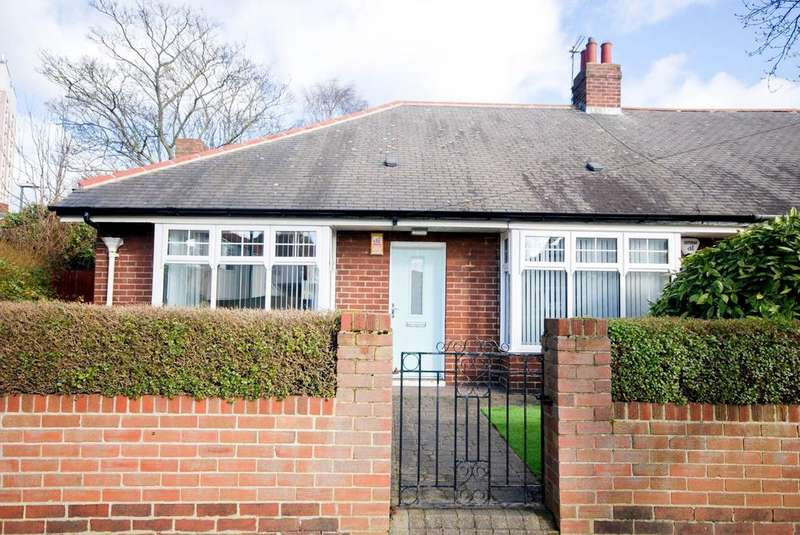2 Bedrooms Bungalow for sale in Clennel Avenue, Hebburn