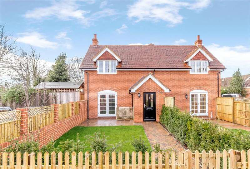 2 Bedrooms Semi Detached House for sale in High Street, Great Bedwyn, Marlborough, Wiltshire, SN8