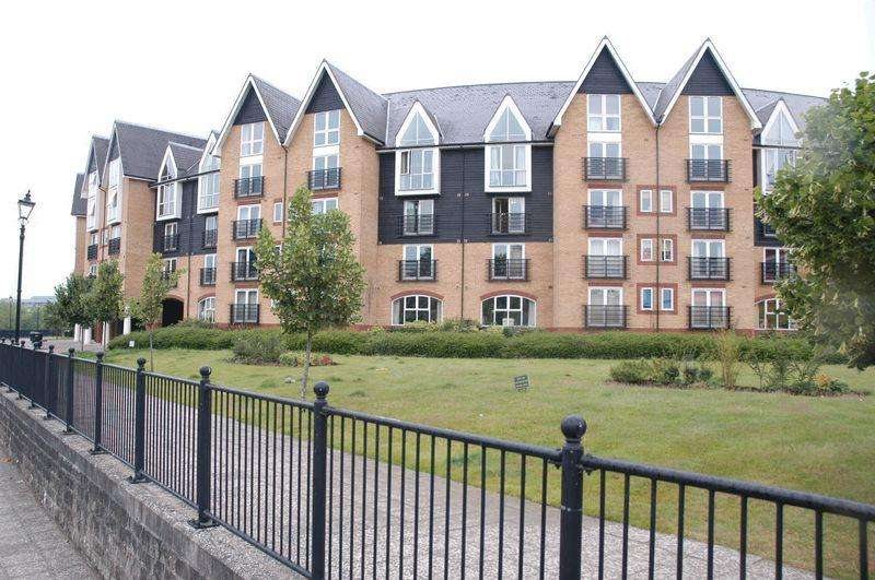 2 Bedrooms Apartment Flat for sale in St Peters Street, Maidstone