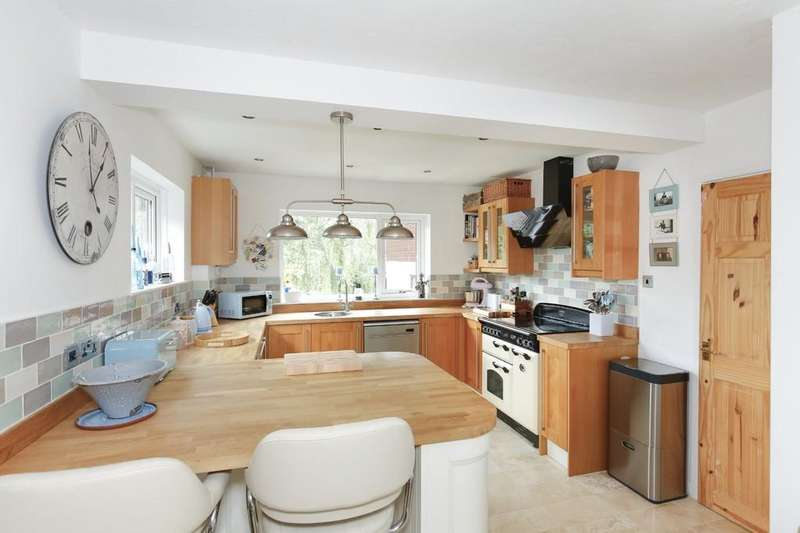 5 Bedrooms Detached House for sale in Innox Hill, Frome