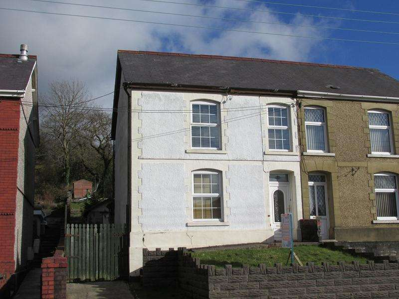 4 Bedrooms Semi Detached House for sale in Heol Y Gors , Cwmgors, Ammanford, Carmarthenshire.