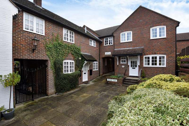 3 Bedrooms House for sale in Old Town, Hemel Hempstead, HP2