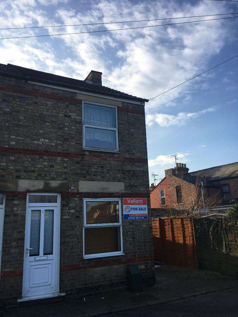 3 Bedrooms Semi Detached House for sale in Weston Road Wisbech