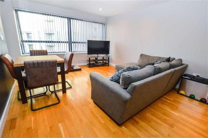 2 Bedrooms Apartment Flat for sale in Millennium Point, Salford Quays, Greater Manchester, M50