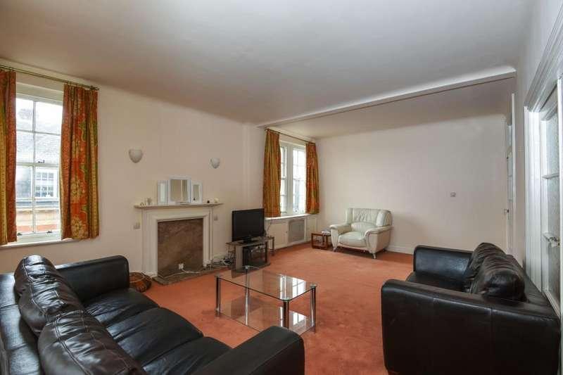3 Bedrooms Flat for sale in Queens Court, Queensway, W2, W2