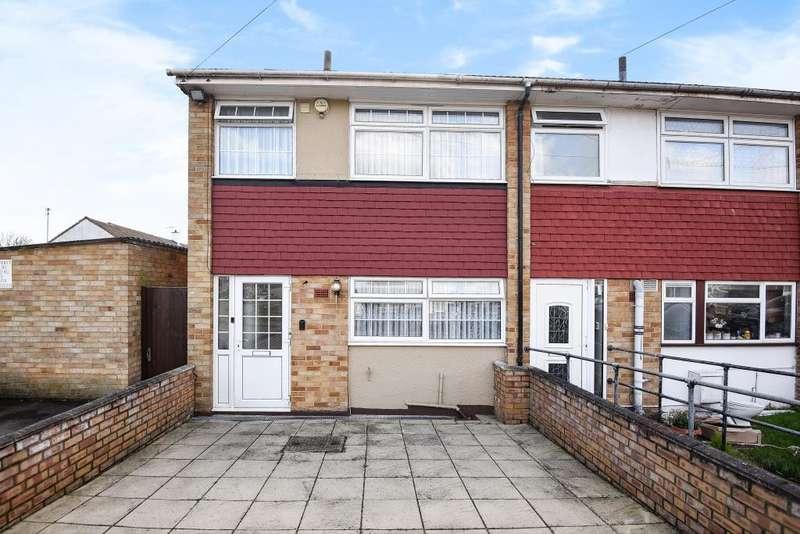 3 Bedrooms House for sale in Vane Close, Harrow, HA3
