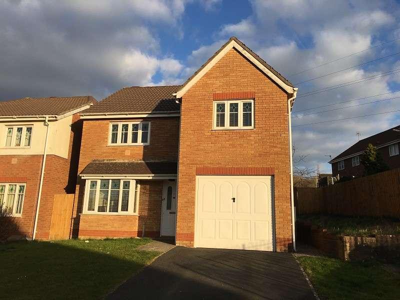 4 Bedrooms Detached House for sale in Derwen View, Brackla, Bridgend. CF31 2QU