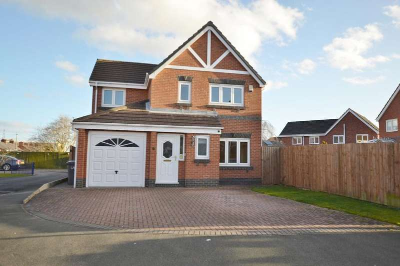 4 Bedrooms Detached House for sale in Fernleigh Close, Middlewich
