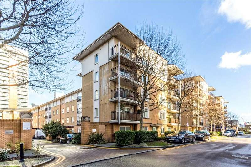 2 Bedrooms Flat for sale in Bridge Court, 13 Newport Avenue, Canary Wharf, London, E14
